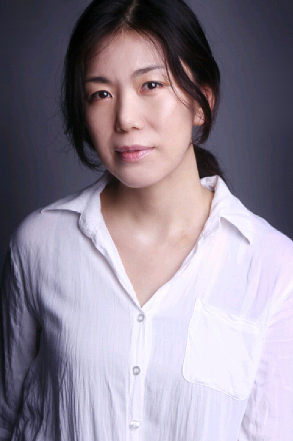 An Min-Young (1970)